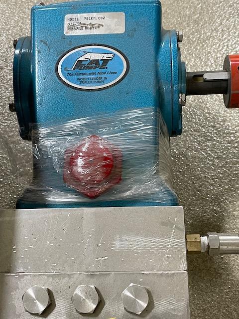 Surplus Used High Pressure CO2 Cat Pump